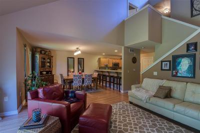 Waunakee Condo/Townhouse For Sale: 539 Knightsbridge Rd