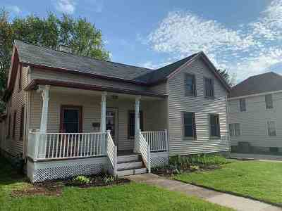 Dodge County Single Family Home For Sale: 509 W Maple Ave