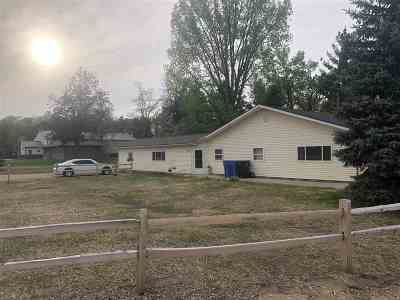 Iowa County Multi Family Home For Sale: 104 Hwy 14