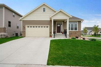 Sun Prairie Single Family Home For Sale: 397 Hallmark Way