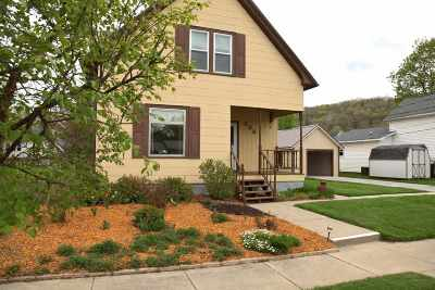 Richland Center Single Family Home For Sale: 335 S Ira St