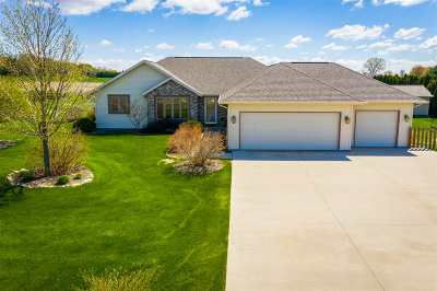 Dodge County Single Family Home For Sale: N7616 Burns Rd