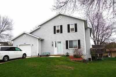 Sun Prairie Single Family Home For Sale: 1642 Oconto Dr