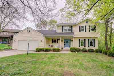 Fitchburg Single Family Home For Sale: 2845 Dover Cir