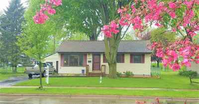Madison WI Single Family Home For Sale: $214,900