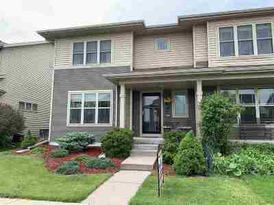 Sun Prairie Single Family Home For Sale: 1536 Wild Iris St