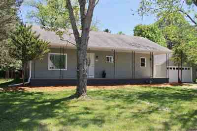 Pardeeville Single Family Home For Sale: 208 Maple St