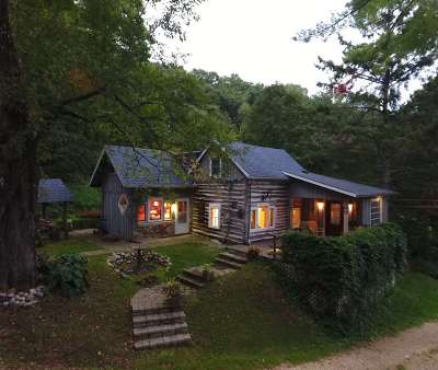 Iowa County Single Family Home For Sale: 8237 Sweeny Rd