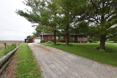 Iowa County Single Family Home For Sale: 231 County Road Ddd