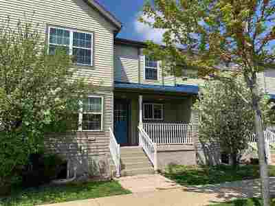 Sun Prairie Condo/Townhouse For Sale: 322 Pasque St