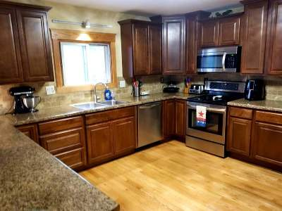 Merrimac WI Single Family Home For Sale: $214,900