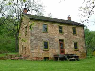 Iowa County Single Family Home For Sale: 6310 Hillside School Rd