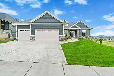 Waunakee Single Family Home For Sale: 2413 Kilarney Way