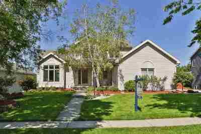 Mount Horeb Single Family Home For Sale: 716 S 2nd St
