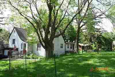 Green County Multi Family Home For Sale: 1007 12th St