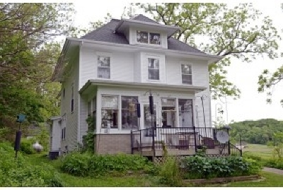 Black Earth Single Family Home For Sale: 124 Main St