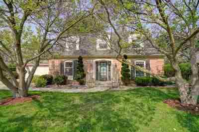 Sun Prairie Single Family Home For Sale: 1210 Baitinger Ct