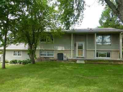 Dane County Single Family Home For Sale: 3824 Hoepker Rd