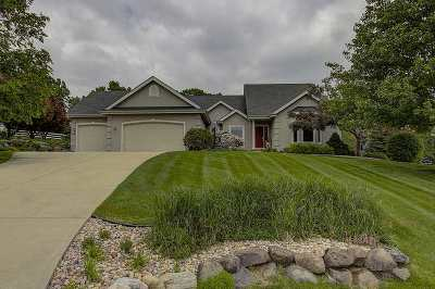 Waunakee Single Family Home For Sale: 5597 Surrey Ln