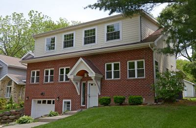 Madison Single Family Home For Sale: 913 Cornell Ct