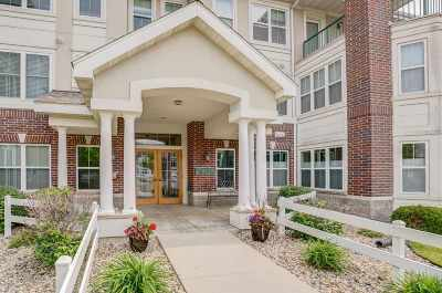 Middleton Condo/Townhouse For Sale: 8510 Greenway Blvd #111