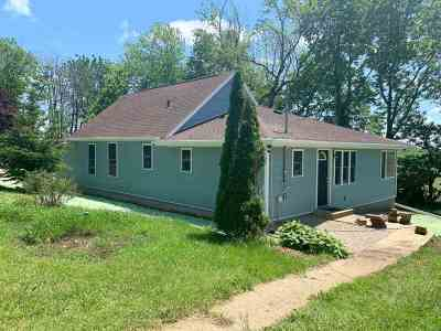 Green County Single Family Home For Sale: W2097 Hauser Ln