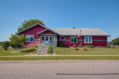 Sauk City WI Single Family Home For Sale: $344,900
