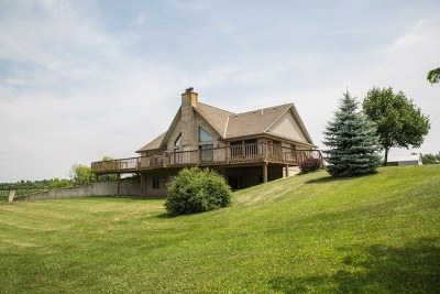 Jefferson County Single Family Home For Sale: N2313 Frommader Rd