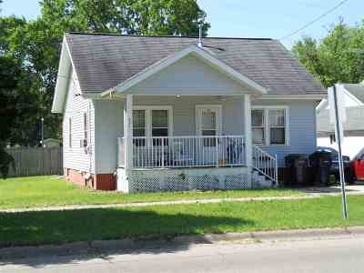 Janesville WI Single Family Home For Sale: $66,981