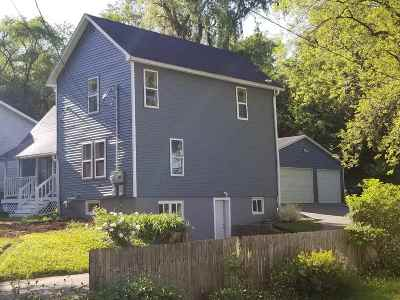 Edgerton Single Family Home For Sale: 423 Newville St