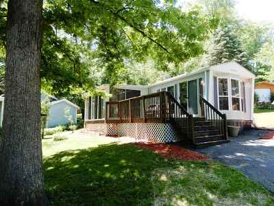 Edgerton Single Family Home For Sale: 31 Vacation Blvd