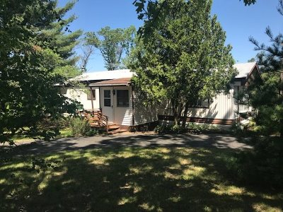 Wisconsin Dells Single Family Home For Sale: 988 Gale Dr