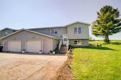 Sun Prairie Condo/Townhouse For Sale: 2267 Manley Dr