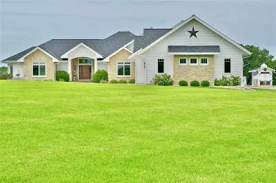 Cross Plains Single Family Home For Sale: 4067 Timber Ln