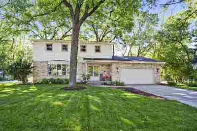 Sun Prairie Single Family Home For Sale: 719 Woodview Dr