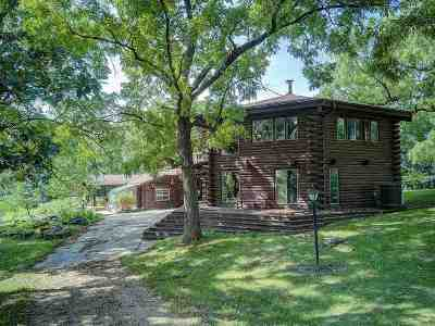 Iowa County Single Family Home For Sale: 6427-B Sand Hill Rd
