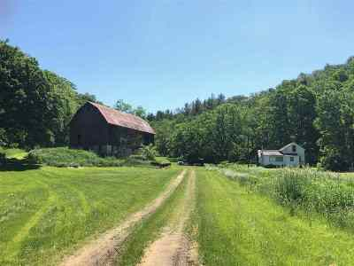 Iowa County Single Family Home For Sale: 5313 County Road K