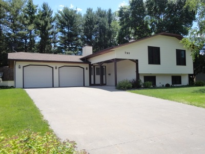 Platteville Single Family Home For Sale: 745 Country Club Ct
