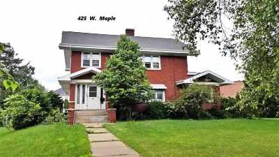 Lancaster Single Family Home For Sale: 425 W Maple St