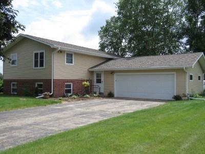 Dodge County Single Family Home For Sale: W10311 Del Bern Ln