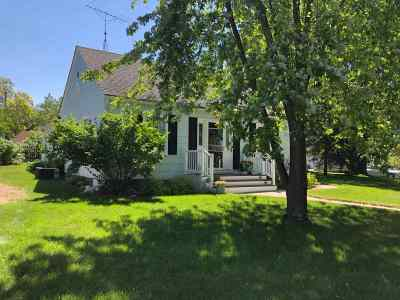 Adams WI Single Family Home For Sale: $133,000