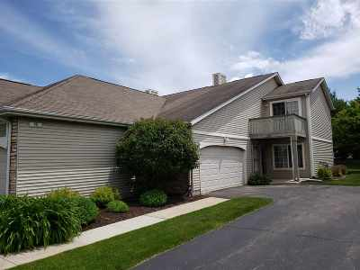 Beloit Condo/Townhouse For Sale: 2328 Turnberry Ct