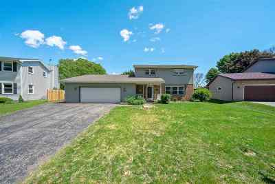 Waunakee Single Family Home For Sale: 1004 Bristol Dr