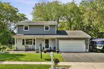 Sun Prairie Single Family Home For Sale: 1315 Vandenburg St