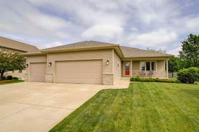 Dane County Single Family Home For Sale: 215 E Northlawn Dr