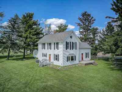 Stoughton Single Family Home For Sale: 873 Lake Kegonsa Rd