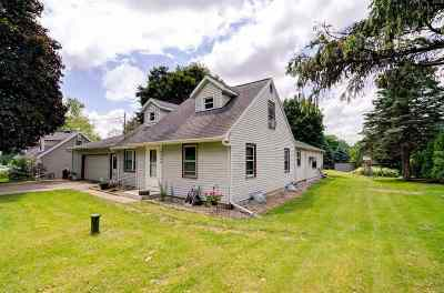 Middleton Single Family Home For Sale: 6225 Old Middleton Rd