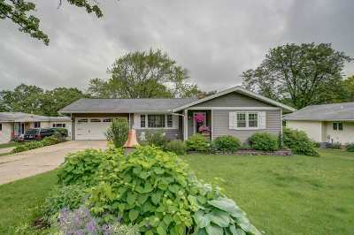 Mount Horeb Single Family Home For Sale: 210 Nesheim Tr