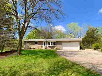Cottage Grove Single Family Home For Sale: 4905 Creek Haven Rd