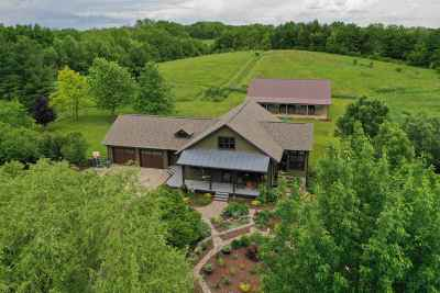 Cross Plains Single Family Home For Sale: 8014 W Hill Point Rd